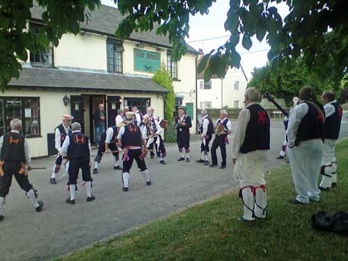 Morris Men at Swan, Great Kimble