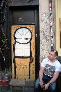 Shoreditch Graffiti -- Stik Door