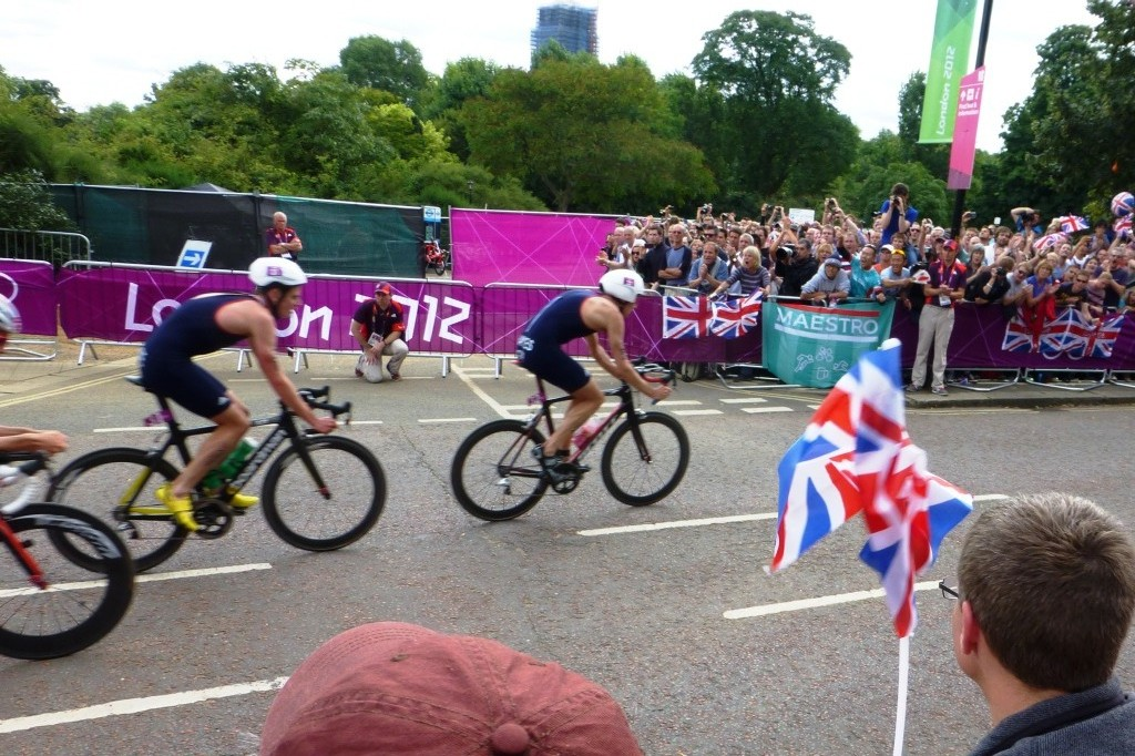 The Brownlee Brothers Cycling in the Men's Triathlong