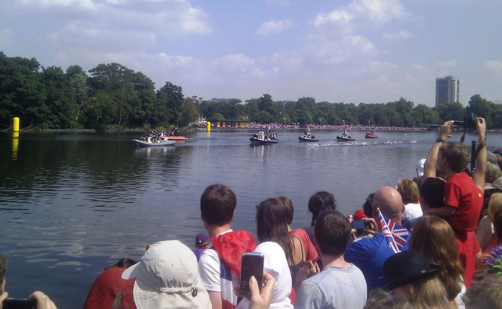 Hyde Park Crowds and the Women's Marathon